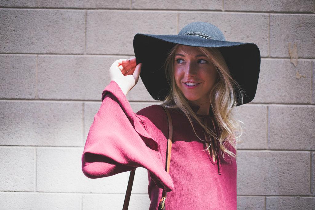 Nicole-Alexander Nashville stylist Bell Sleeves Fall fashion Flare denim