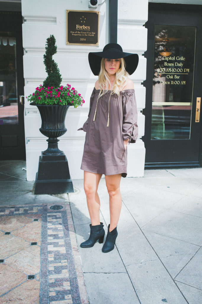 Nicole-Alexander off the shoulder dress fall fashion in Nashville